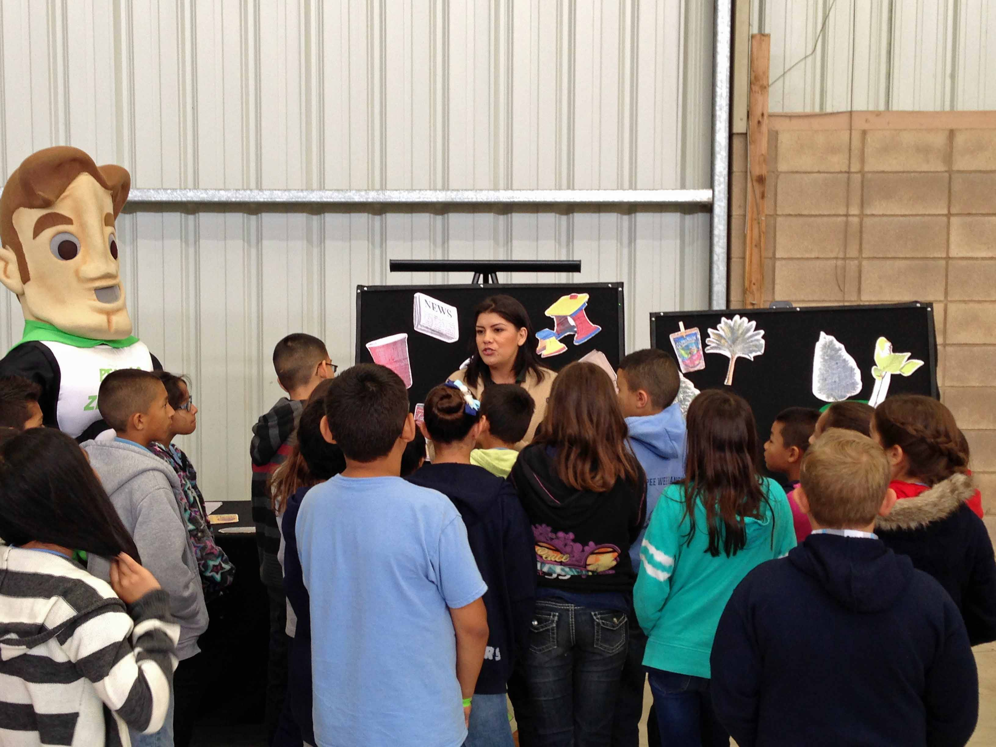 AgVentures 2015 - Visalia Students learning about recycling