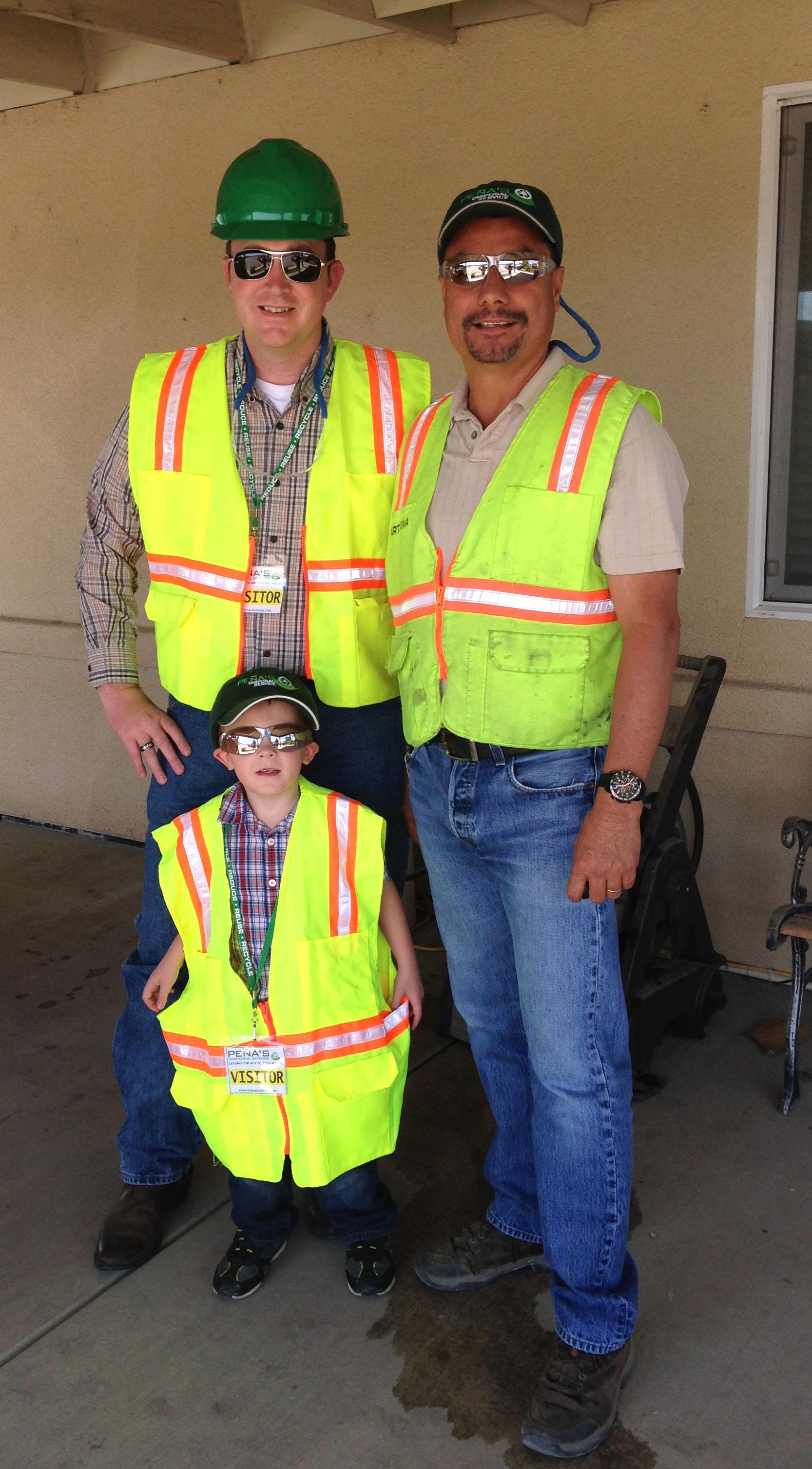 Assemblyman Devon Mathis and his son visit Peña's Disposal